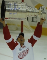 "Chris Chelios Signed Red Wings 16x20 Photo Inscribed ""HOF 2013"" (Schwartz COA) at PristineAuction.com"