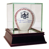 "Mariano Rivera Signed 602 Save Commemorative Baseball Inscribed ""602 Saves 9-19-11"" (Steiner COA) at PristineAuction.com"