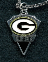 Green Bay Packers Pendant Necklace at PristineAuction.com