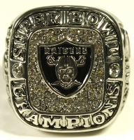 Oakland Raiders High Quality Replica Championship Ring at PristineAuction.com