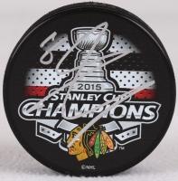 Marcus Kruger Signed Blackhawks 2015 Stanley Cup Logo Hockey Puck (Schwartz COA) at PristineAuction.com
