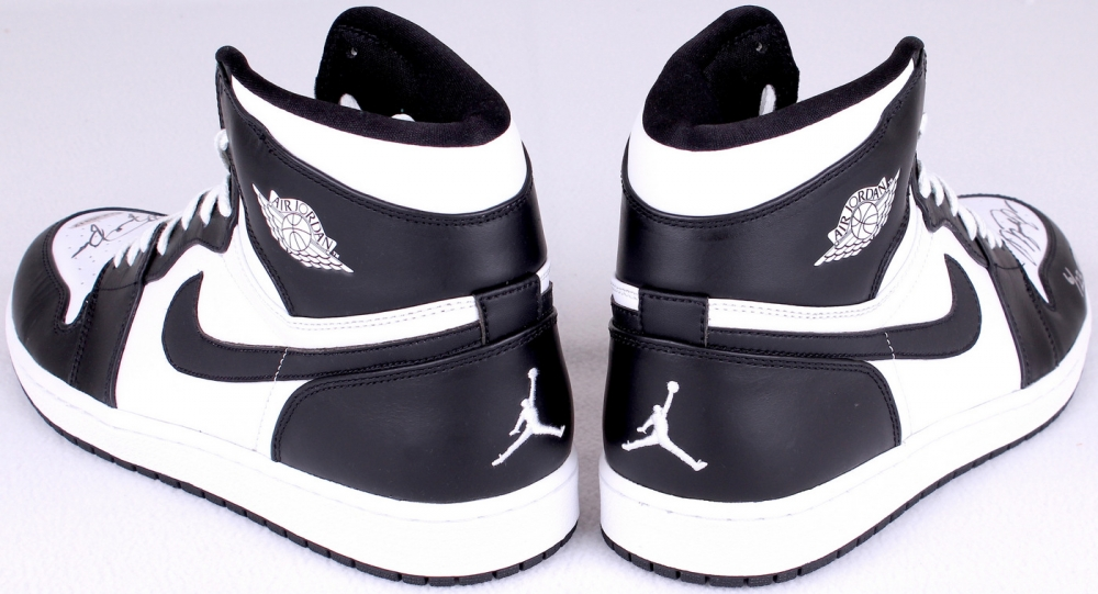 f455bf65d9f5b2 michael jordan basketball sneakers