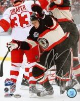 Kris Versteeg Signed Blackhawks 2008 Winter Classic 8x10 Photo (Schwartz COA)