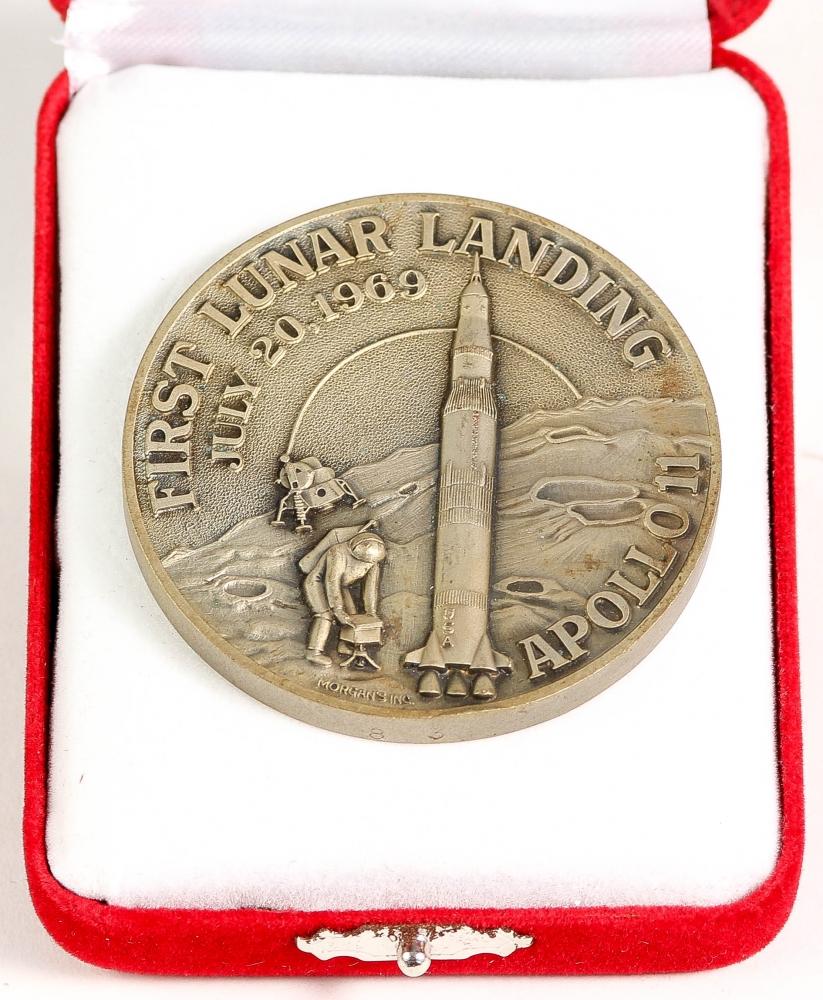 apollo 11 moon landing commemorative coin - photo #16